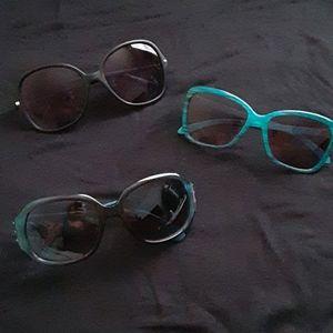 Sunglasses lot